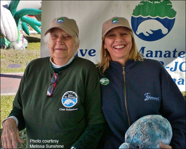 Helen Spivey, Save the Manatee Club Board of Directors Co-Chair, and Volunteer Melissa Sunshine