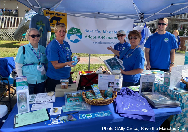 Save the Manatee Club volunteers at the Crystal River Manatee Festival 2020.